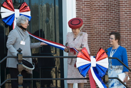 Opening door H.K.H. Prinses Beatrix